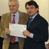 Torino, Ottobre 2016. Il dott. Gianluca Bianco con il Dott. Ettore Quirico alla consegna del Diploma valido per l'inserimento del Registro degli agopuntori nell'Ordine dei Medici